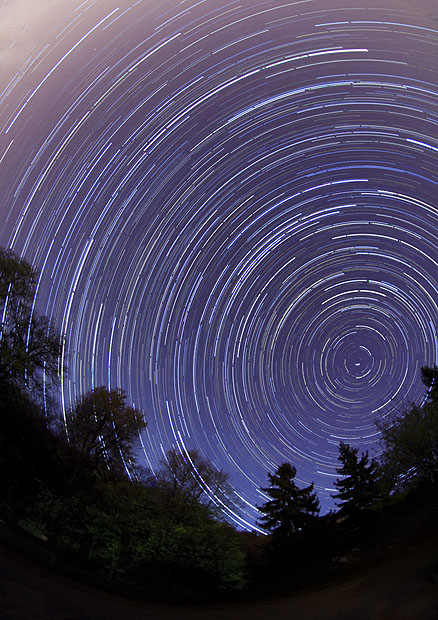 Sharp star trails