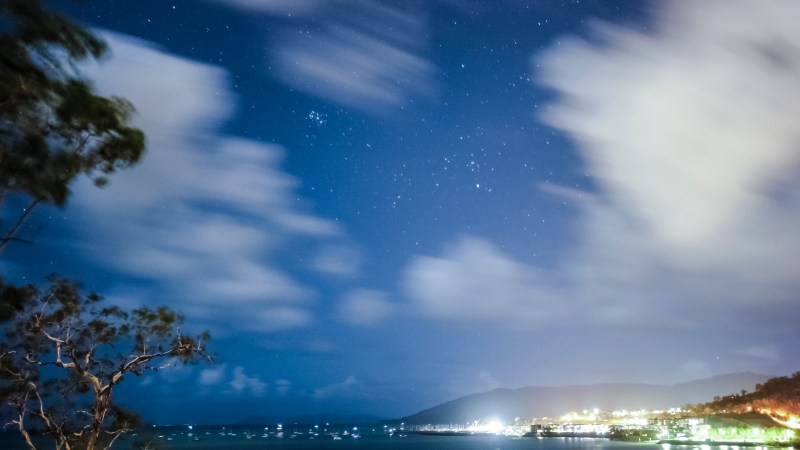Long exposures and creating time lapse in North Queensland – Airlie Beach.