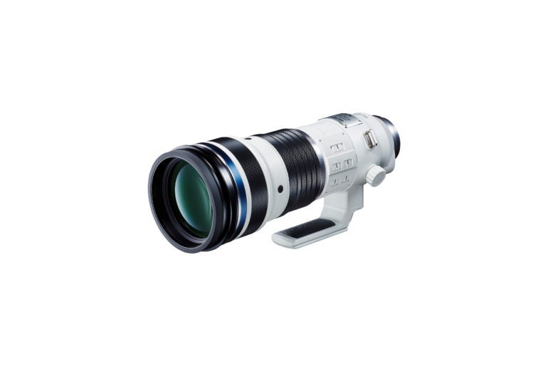 Olympus prepara un potente teleobjetivo zoom 150-400mm f/4,5 con multiplicador 1.25X incluido