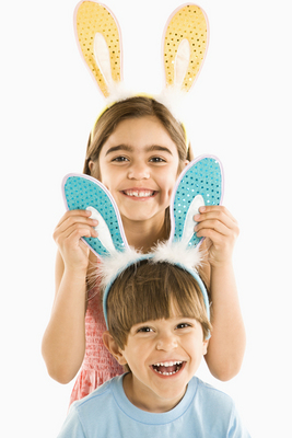 Children in bunny ears