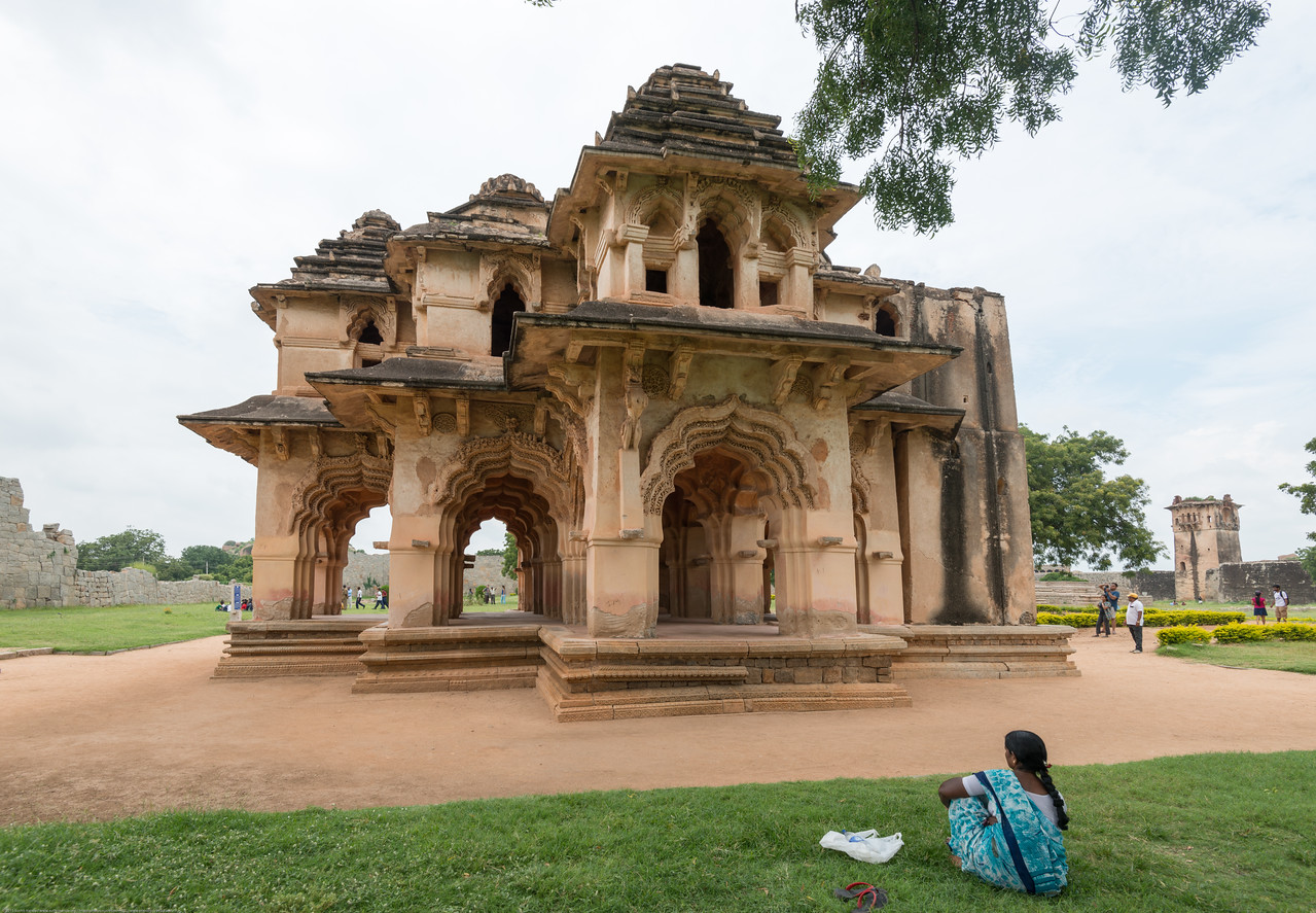 Hampi, Karnataka is a world famous UNESCO World Heritage Site.