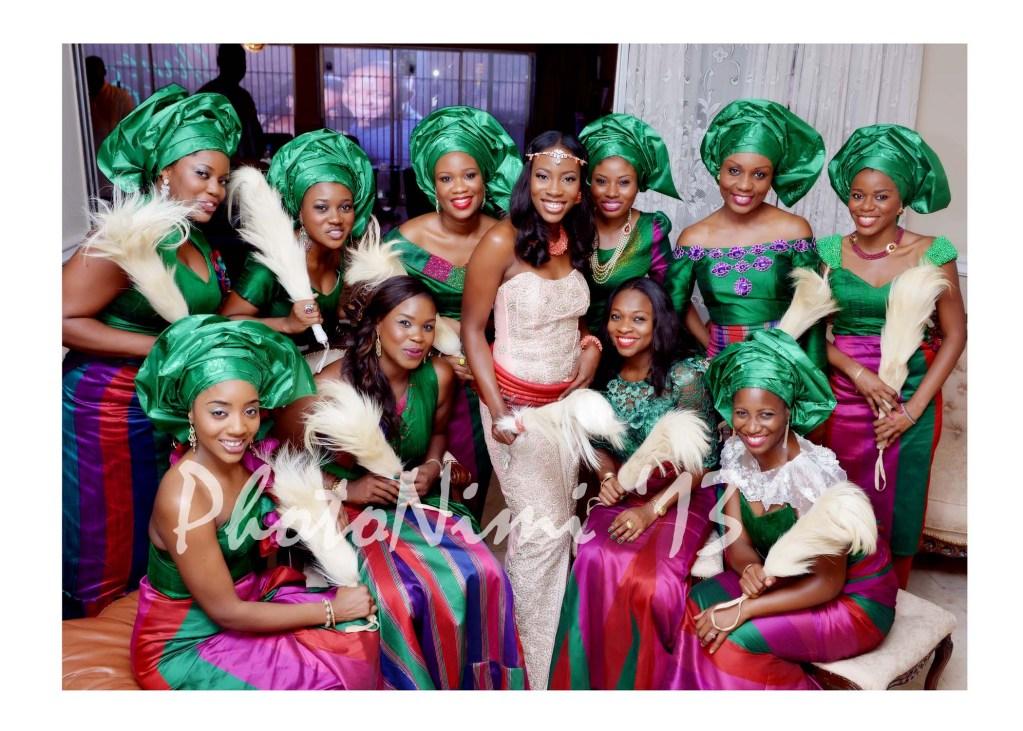 bride and friends in colourful traditional attire, photo nimi