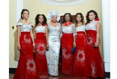 bride and friends in traditional attire, photonimi