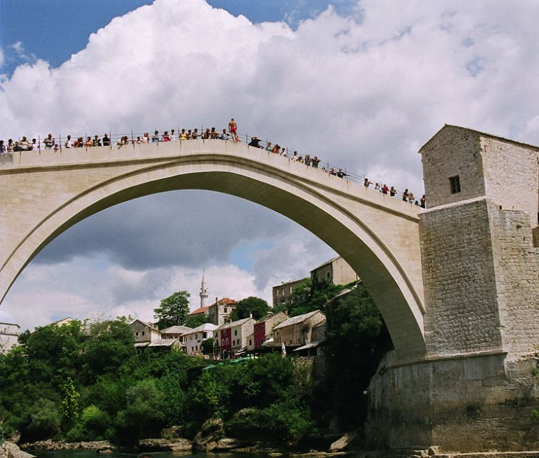 Jummping in Mostar