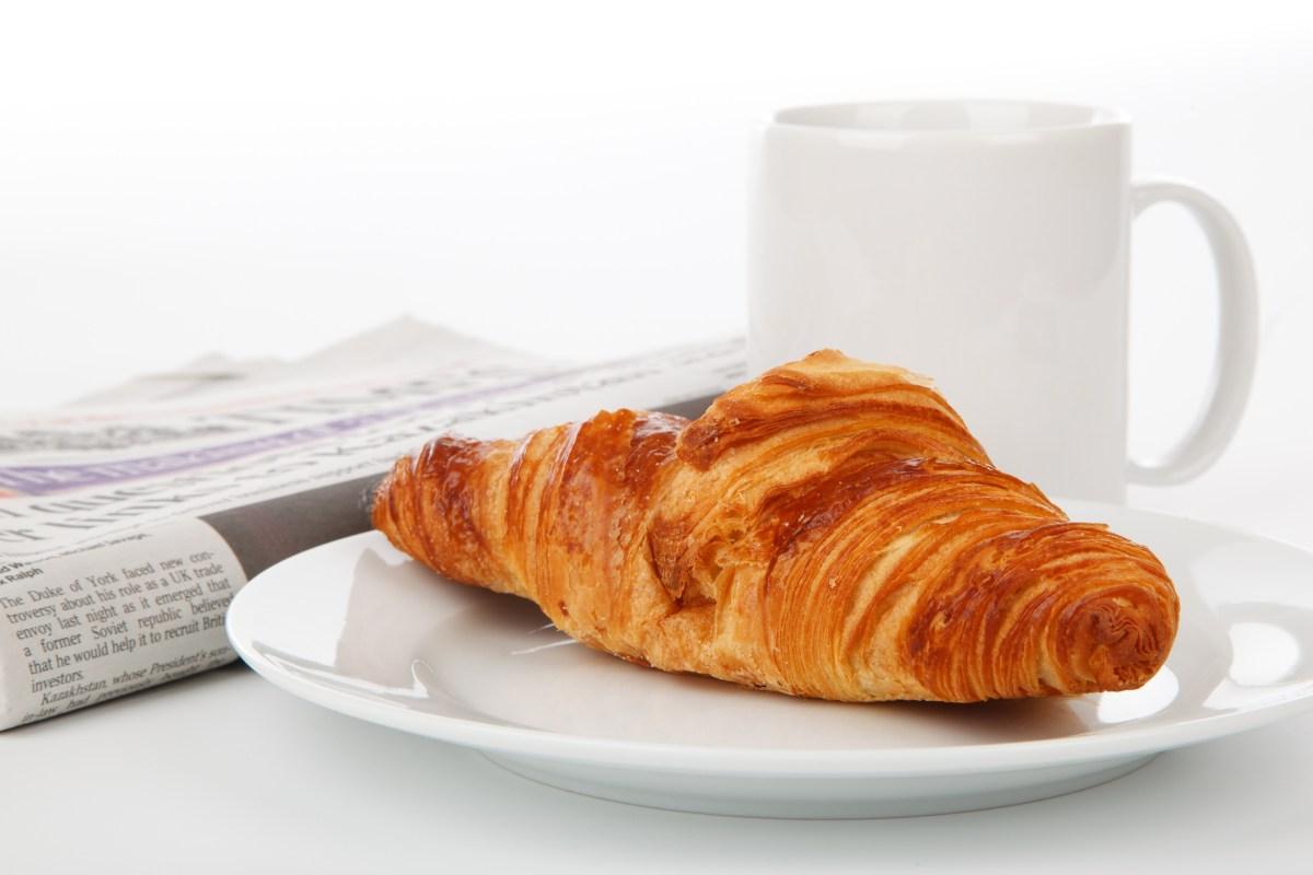 Coffee croissant breakfast