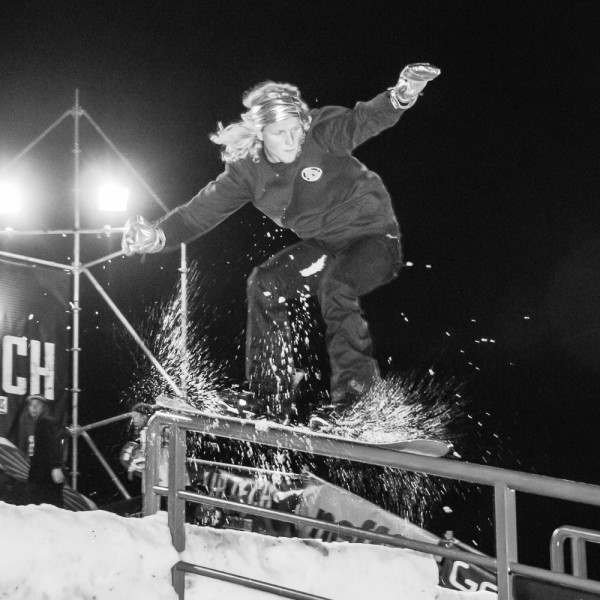 Eirik Nesse riding the rail