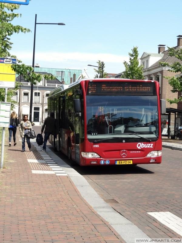 Assen, Hollanda otobüs istasyonu