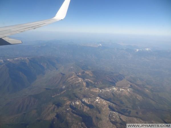 Luftaufnahme über die Berge in Albanien