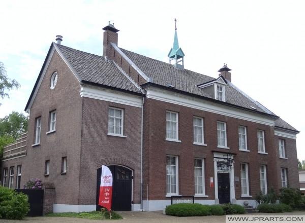 De Wan; Ehemalige Pfarrhaus in Deurne, Niederlande