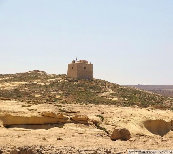 Sziklái san Lawrenz és Dwejra torony (Gozo, Málta)