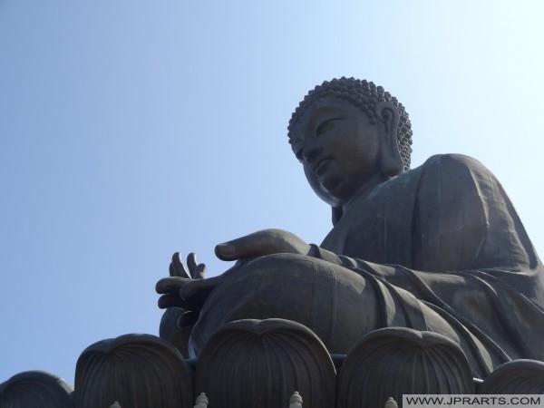 Posição da meditação de Buddha, Tian Tan Buddha em Hong Kong