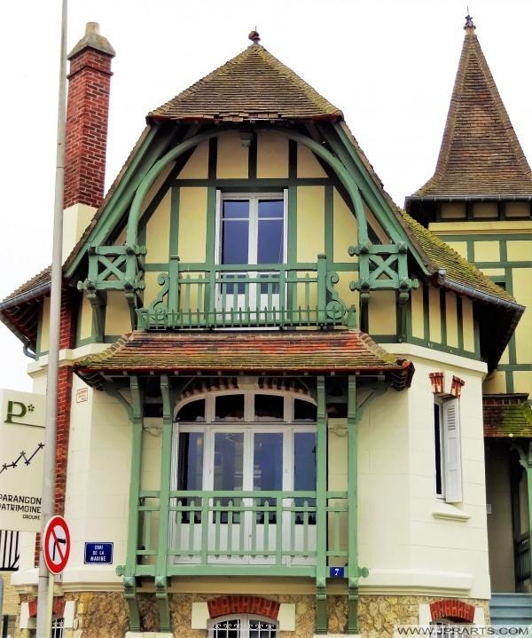 Schönes Gebäude in Deauville, Frankreich