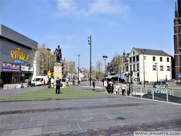 Statue and Cinema at Heuvel in Tilburg, The Netherlands
