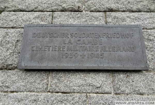 Deutscher Soldatenfriedhof La Cambe - Cimetiere Militaire Allemand 1939 - 1945