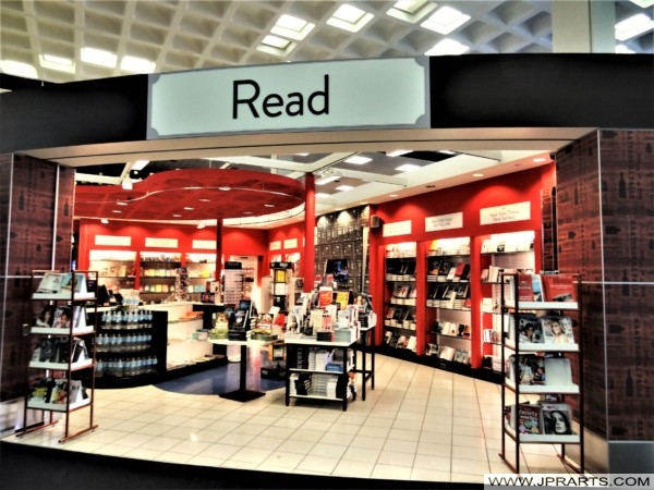 Read (Bookstore at John F. Kennedy Airport)