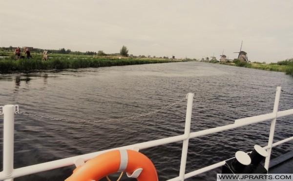 Bella Vista dei Mulini a Vento di Kinderdijk visti dalla Gita in Barca