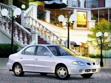 1998 Hyundai Lantra