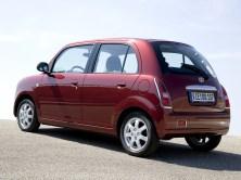 2006 Daihatsu Trevis