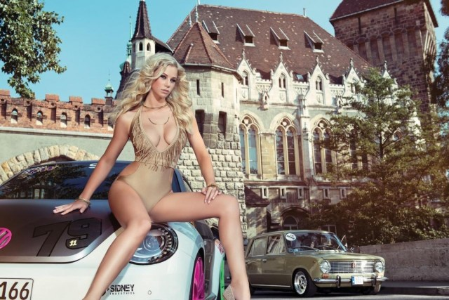 2014 Calendrier Miss Tuning Septembre