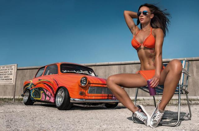 2016 Calendrier Miss Tuning Septembre