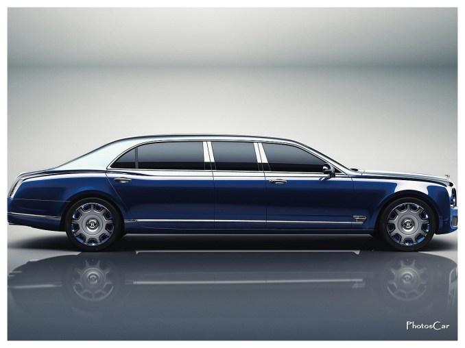 2017 Bentley Mulsanne Grand Limousine by Mulliner