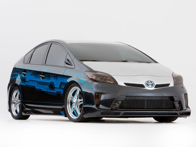 2012 Toyota Prius Tekked out by Clint Bowyer Team