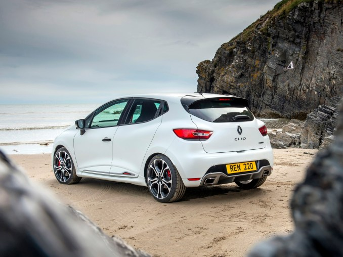 2015 Renault Clio RS 220 Trophy