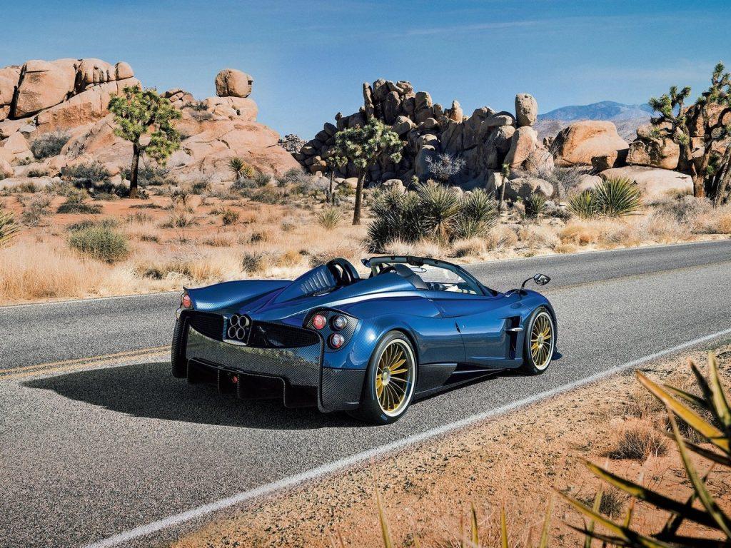 Pagani Huayra Roadster 2017