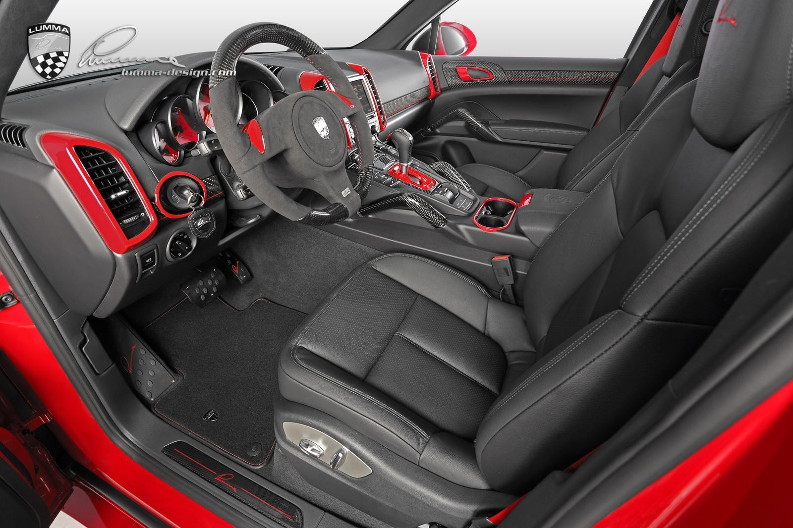 2016 Lumma - CLR 558 GT Base Porsche Cayenne Diesel Carmine Red