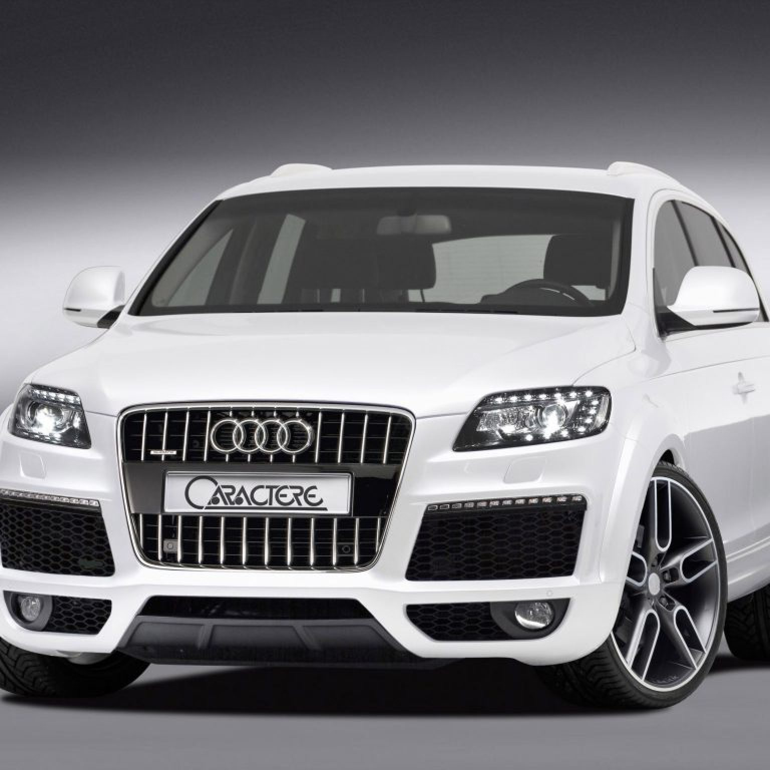 2010 Caractere Audi Q7 Facelift