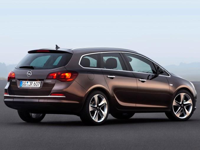 2012 Opel Astra Sports Tourer
