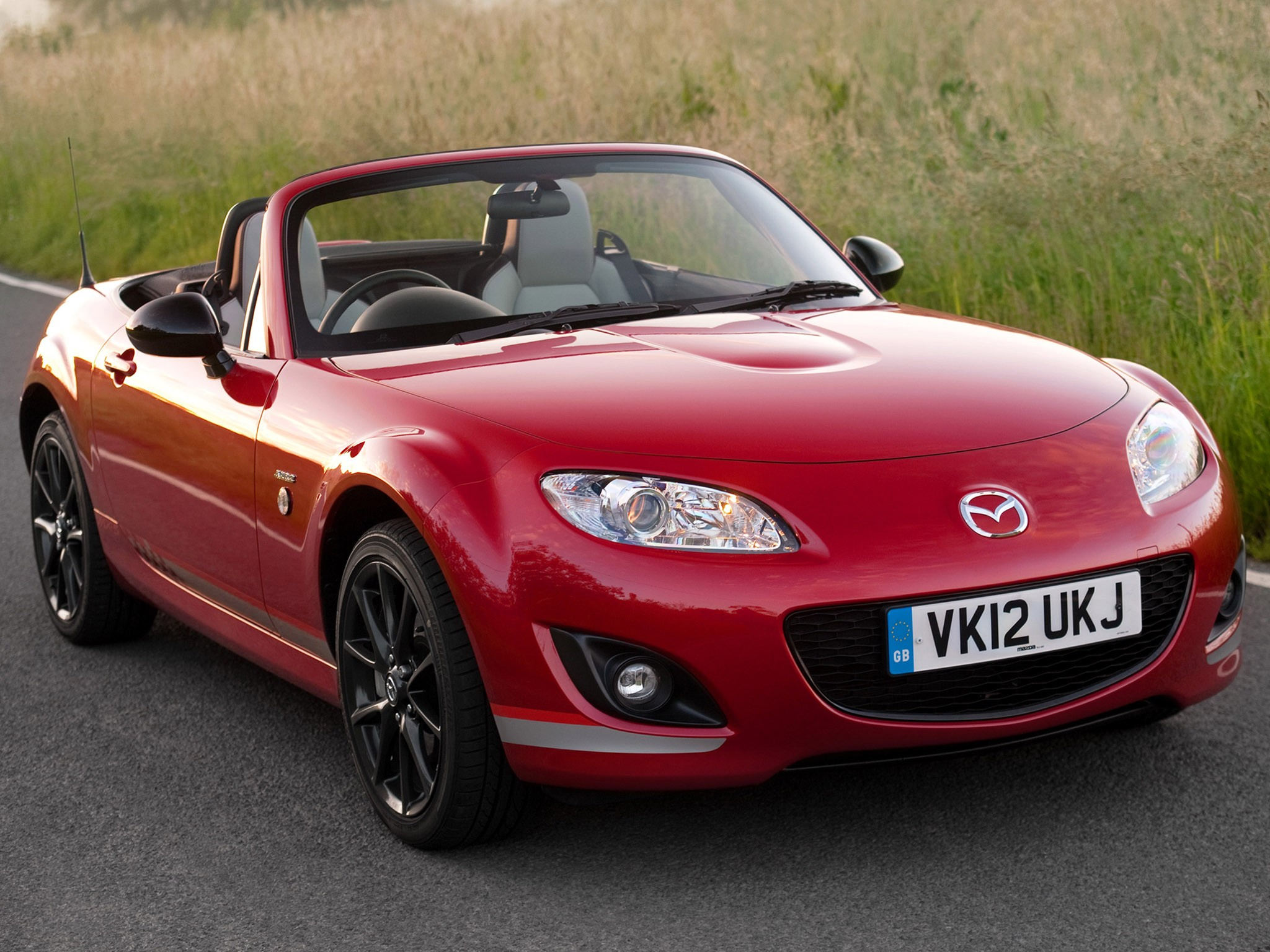 2012 Mazda MX 5 Roadster Kuro