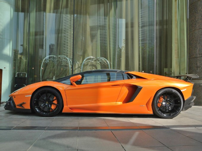 2013 Lamborghini Aventador Roadster SV by DMC Design