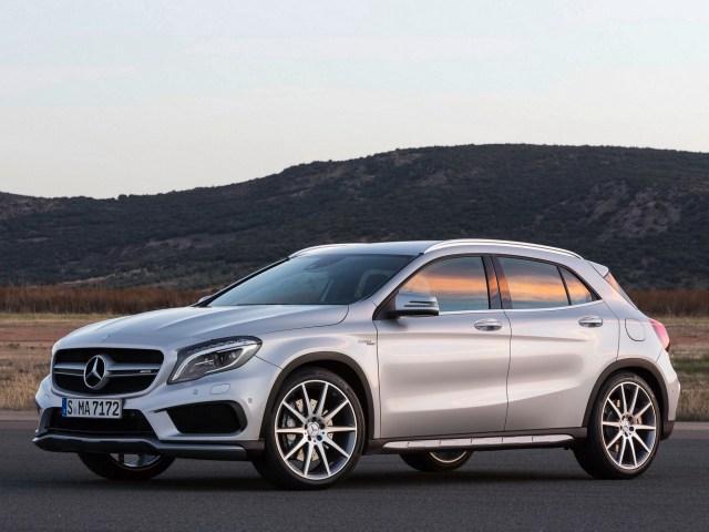 Mercedes-AMG GLA45 X156 2014