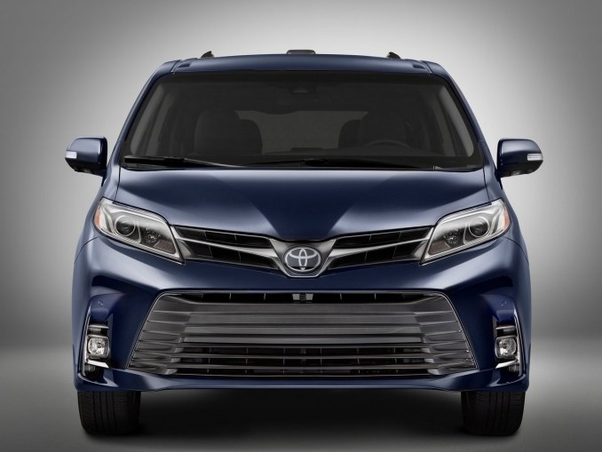 toyota sienna 2018 un v hicule modulable 7 ou 8 places. Black Bedroom Furniture Sets. Home Design Ideas