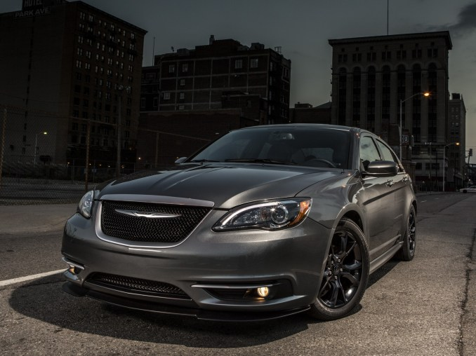 2013 Chrysler 200s Special Edition