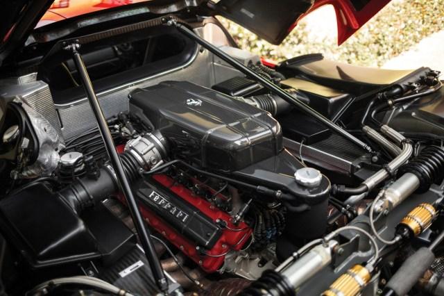 Enzo Ferrari 2003 - Moteur V12 de 660 chevaux