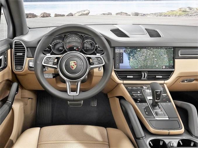 Porsche cayenne 2018 la troisi me g n ration du cayenne for Interieur porsche cayenne