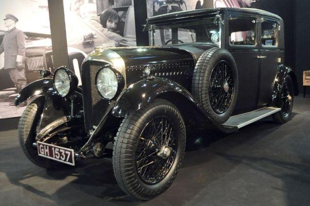 Bentley 4 1/2 Litre Sport Saloon - 1930 - Retromobile 2013
