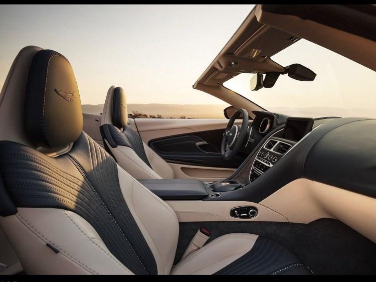 Aston Martin DB11 Volante 2019