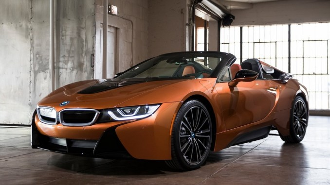 bmw i8 coupe et roadster 2019 maj des syst mes d 39 infodivertissement. Black Bedroom Furniture Sets. Home Design Ideas