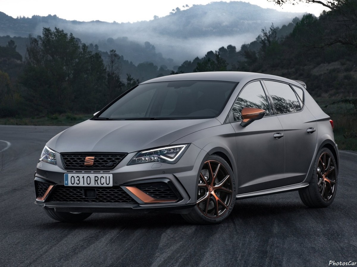 seat leon cupra r 2018 la plus puissante et la plus rapide de l 39 histoire. Black Bedroom Furniture Sets. Home Design Ideas