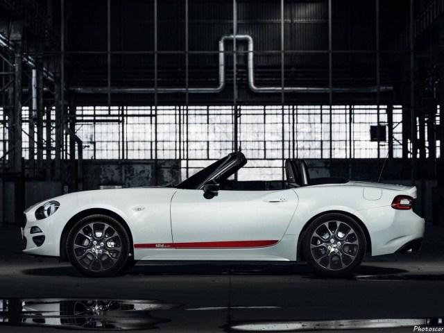Fiat 124 Spider S-Design 2018