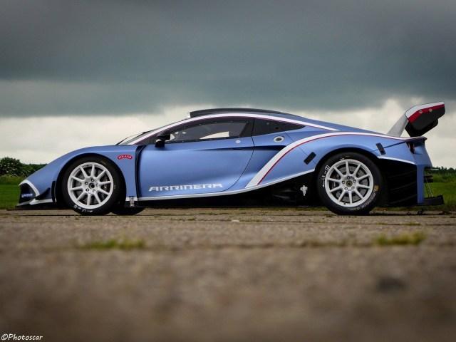Arrinera Hussarya GT 2016