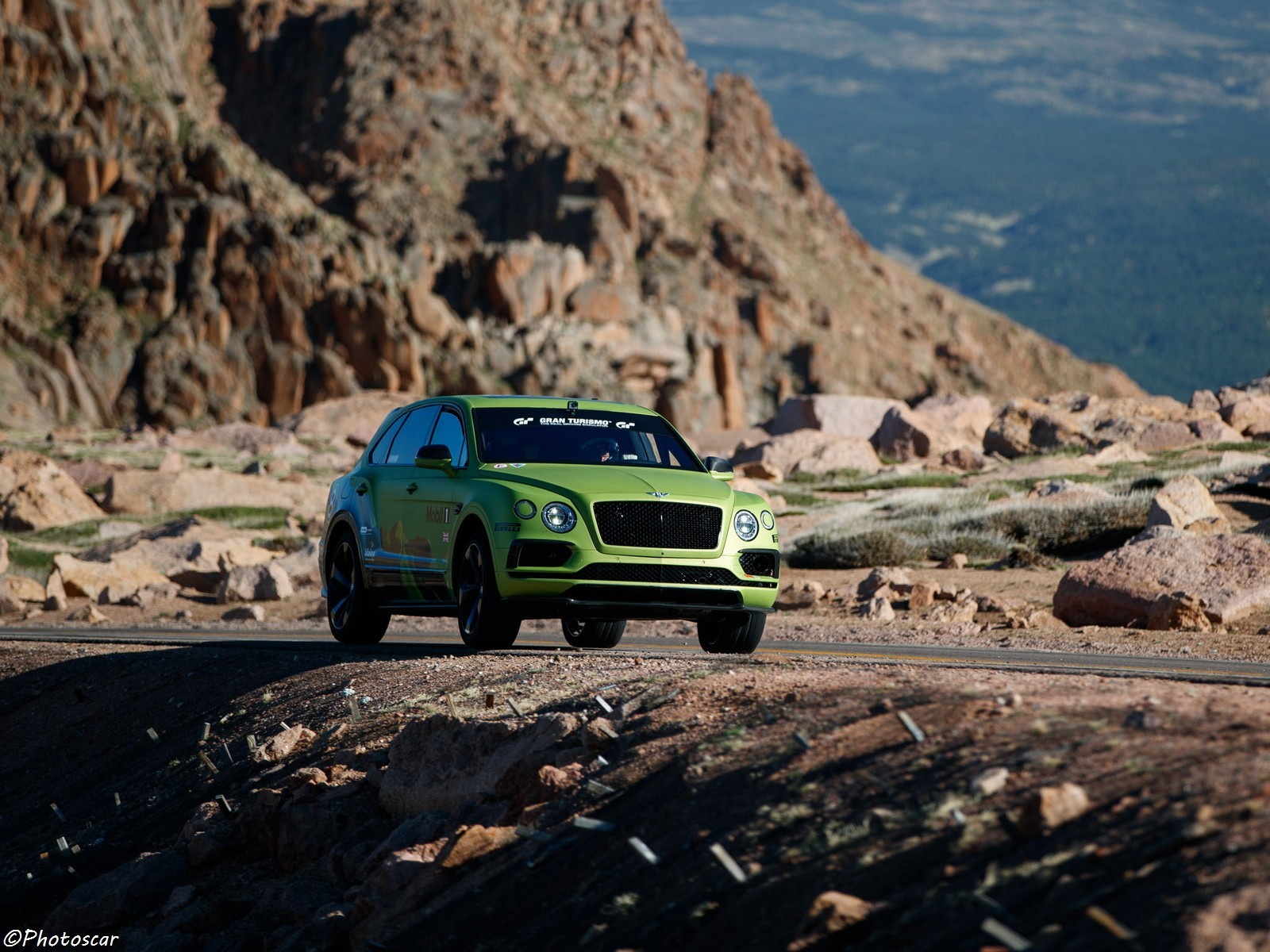 Bentley Bentayga Pikes Peak 2018