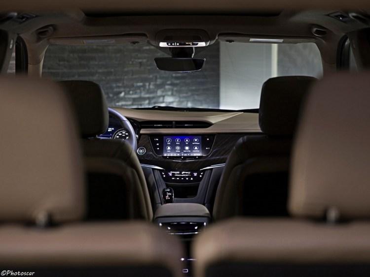 Cadillac_XT6 2020