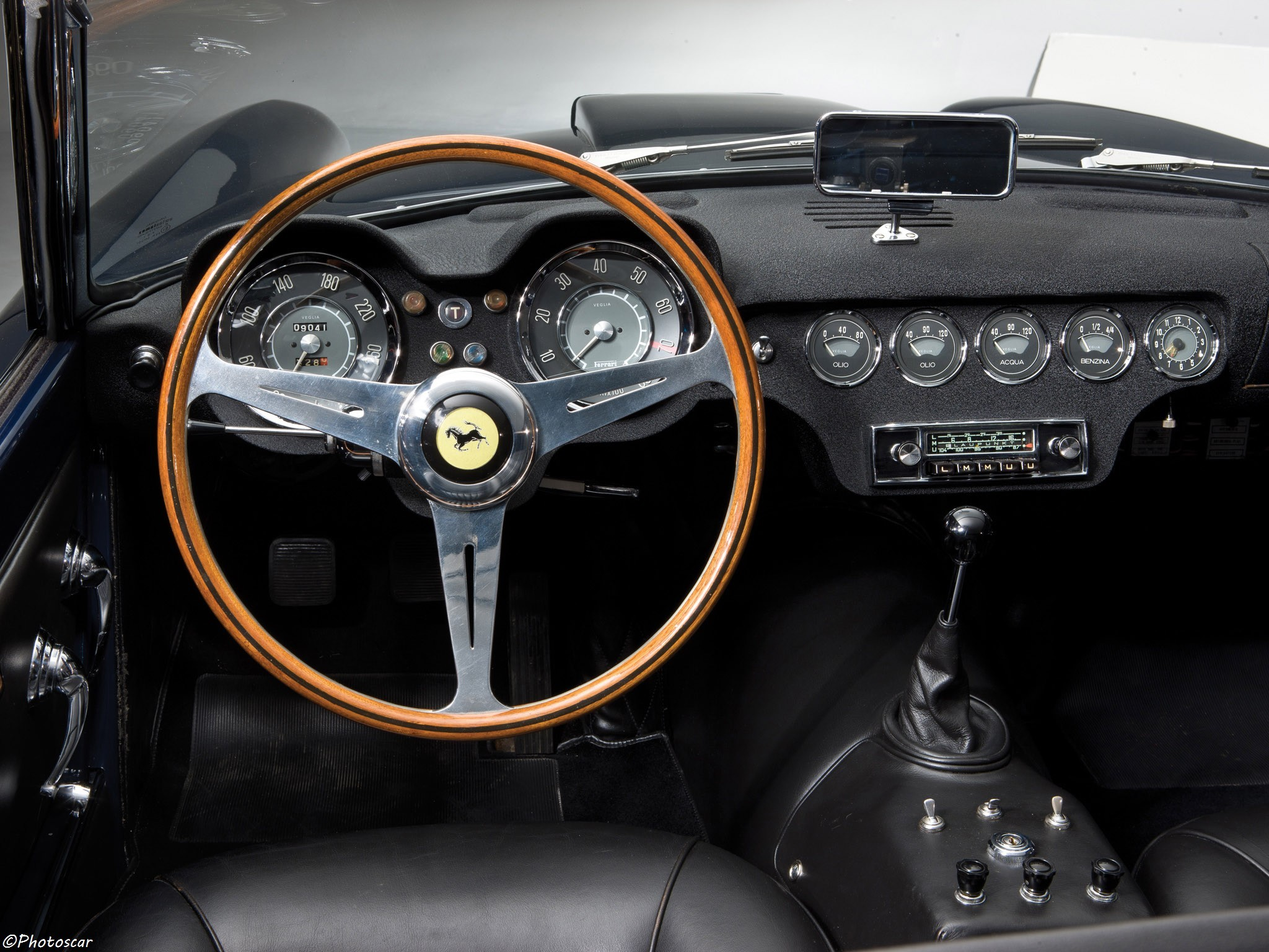 Ferrari 250 GT California Spider 1957
