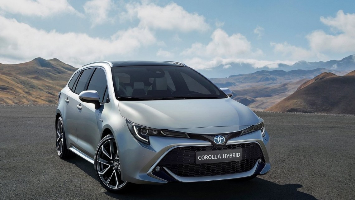 Toyota Corolla Touring Sports 2019: Voiture spacieuse et confortable.