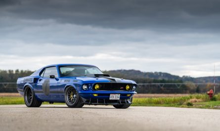 Ringbrothers Ford Mustang uncl