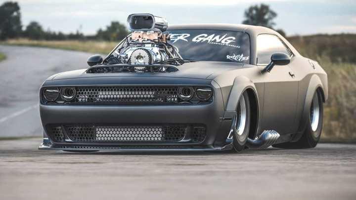 """Dodge Demon """"Gasser"""" est rapide et furieux, le V8 transperce le capot"""